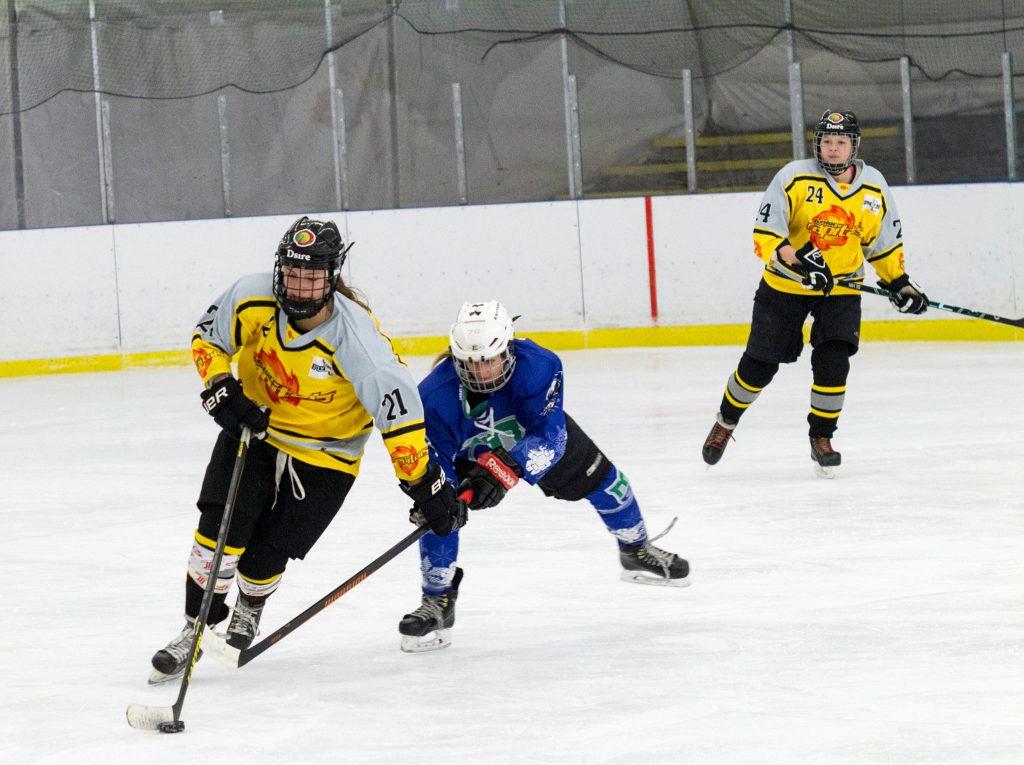 DEBL: SPG Caps Flyers/Highlanders – MAC Marilyn 6:3